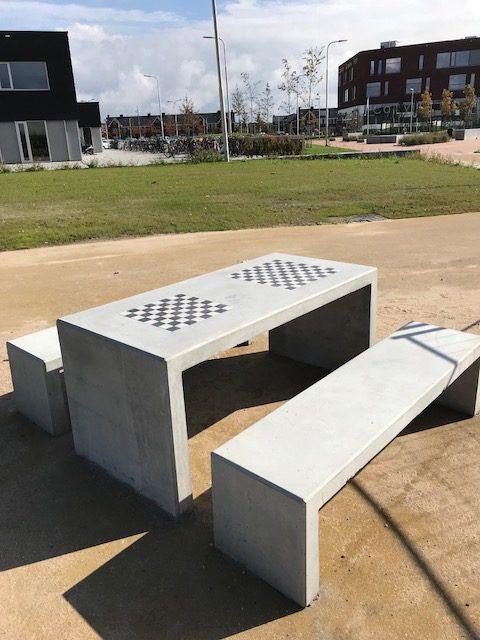Betonnen picknicktafelset - dam- en schaakbord